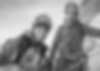 """Peter Habeler und David Lama in der Eiger-Nordwand waehrend ServusTV's """"Bergwelten - Peter Habeler"""", am Eiger, Amtsbezirk Interlaken, Bern, Schweiz. (© Stefan Siegrist)"""