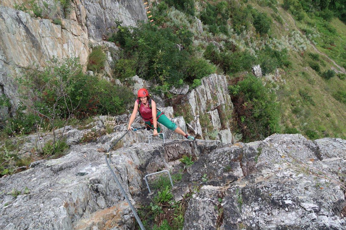 Klettersteig Quarzit Wand : Klettersteig quarzit wand burg laudeck bergsteigen