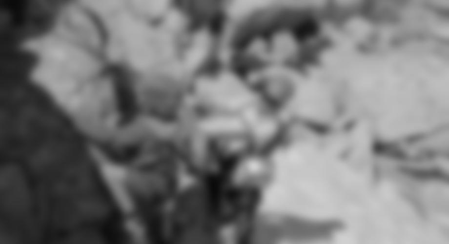 Beginn der zweiten Steilstufe - zwei Kinder und Bergsteigerlegende Peter Habeler