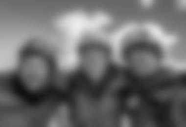 Gipfelbild: Dres Abegglen, Stephan Siegrist, Thomas Senf (von links nach rechts)  (c) visualimpact.ch | Thomas Senf