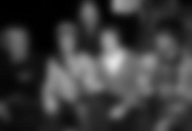 Ski-Speedbergsteiger Benedikt Böhm , Highliner Hans Hornberger und der Reichenhaller Freerider Simon Thussbas begeisterten das Publikum am dritten Festivaltag. Die beiden Organisatoren Ines Papert (mitte) und Willy Kravanja (hinten) waren begeistert