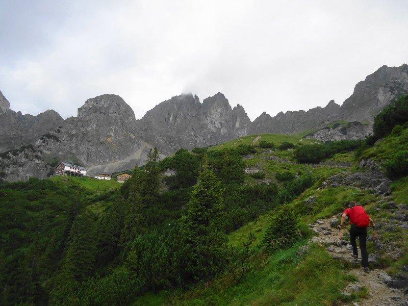 Klettersteig Wilder Kaiser Ellmauer Halt : Klettersteig tour im kaisergebirge drei tägige kletter