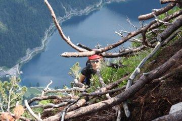 Klettersteig Gosausee : Laserer alpin klettersteig mit vorderer gosausee