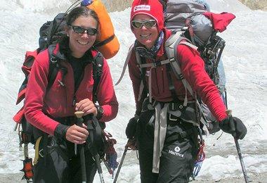 Elisabeth und Alix: Rückkehr ins Basislager nach dem Gipfel