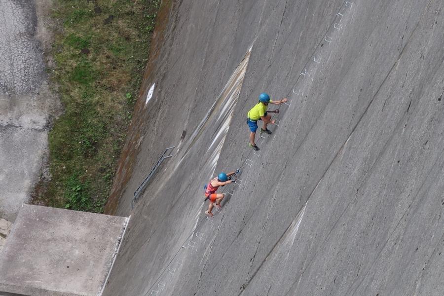 Klettersteig Set Ausborgen : Schlegeis klettersteig bergsteigen