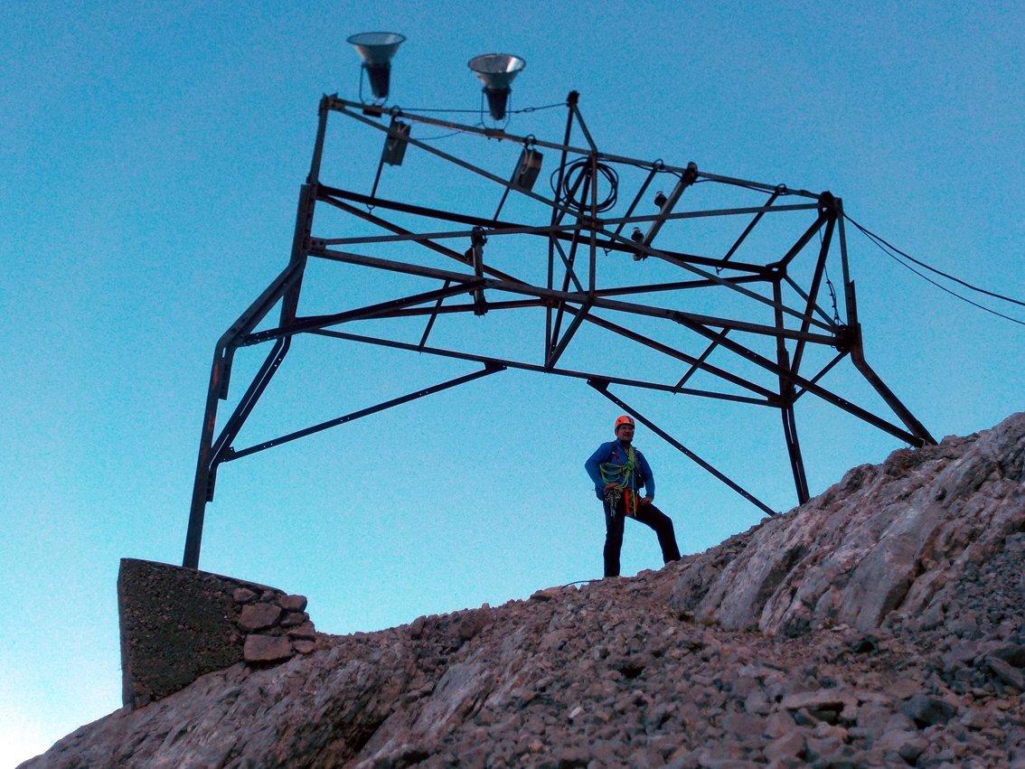 Klettersteig Eisenzeit : Eisenzeit bergtour auf die zugspitze alpinschule garmisch