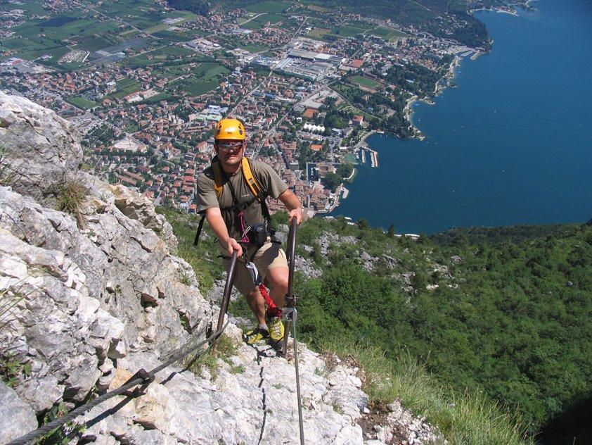 Klettersteig Riva Del Garda : Via dell amicizia bergsteigen