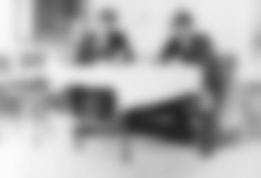 Steiner Franz und Irg am Tag nach der Erstbesteigung (Archiv ÖAV Haus im Ennstal)