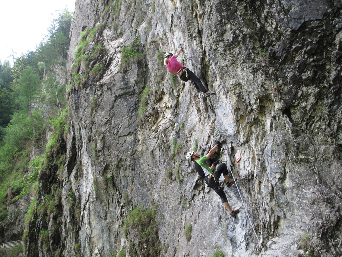 Klettergurt Hervis : Kitzklettersteig bergsteigen.com
