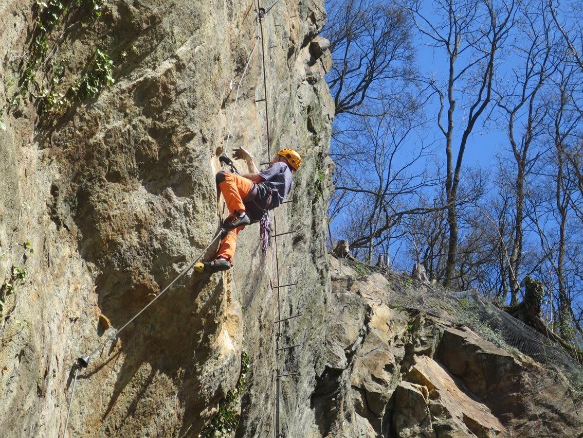 Klettersteig Odenwald : Karola klettersteig bergsteigen.com