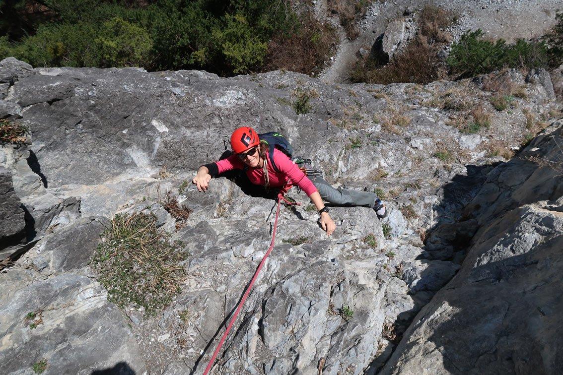 Klettergurt Für Mehrseillängen : Test gravity pitch 12 mehrseillängen rucksack bergsteigen.com