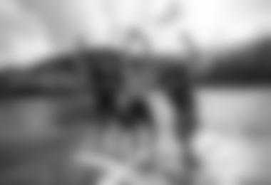 Chrigel Maurer bei der Siegesfeier am Zeller See (c) Christian Lorenz / Red Bull Content Pool