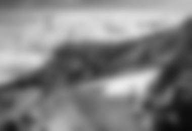Stephan Siegrist auf der Kilimanjaro Highline (c) Thomas Senf