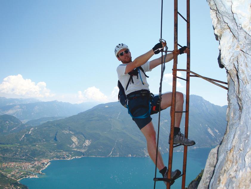 Klettersteig Riva Del Garda : Klettersteig cima capi u gardasee iloveadventure