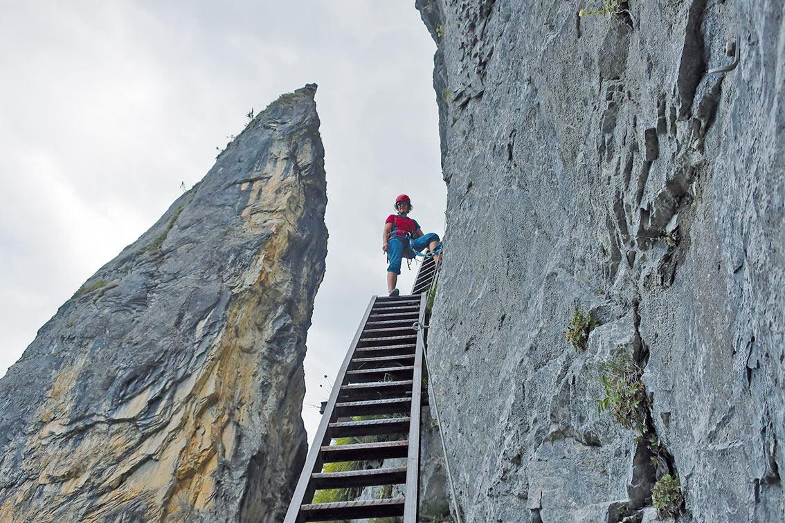 Klettersteig Pinut : Historischer klettersteig pinut bergsteigen