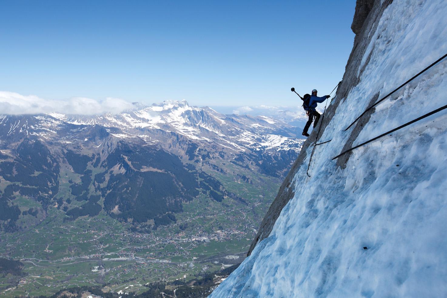 Klettersteig Eiger : Street view in der eiger nordwand bergsteigen