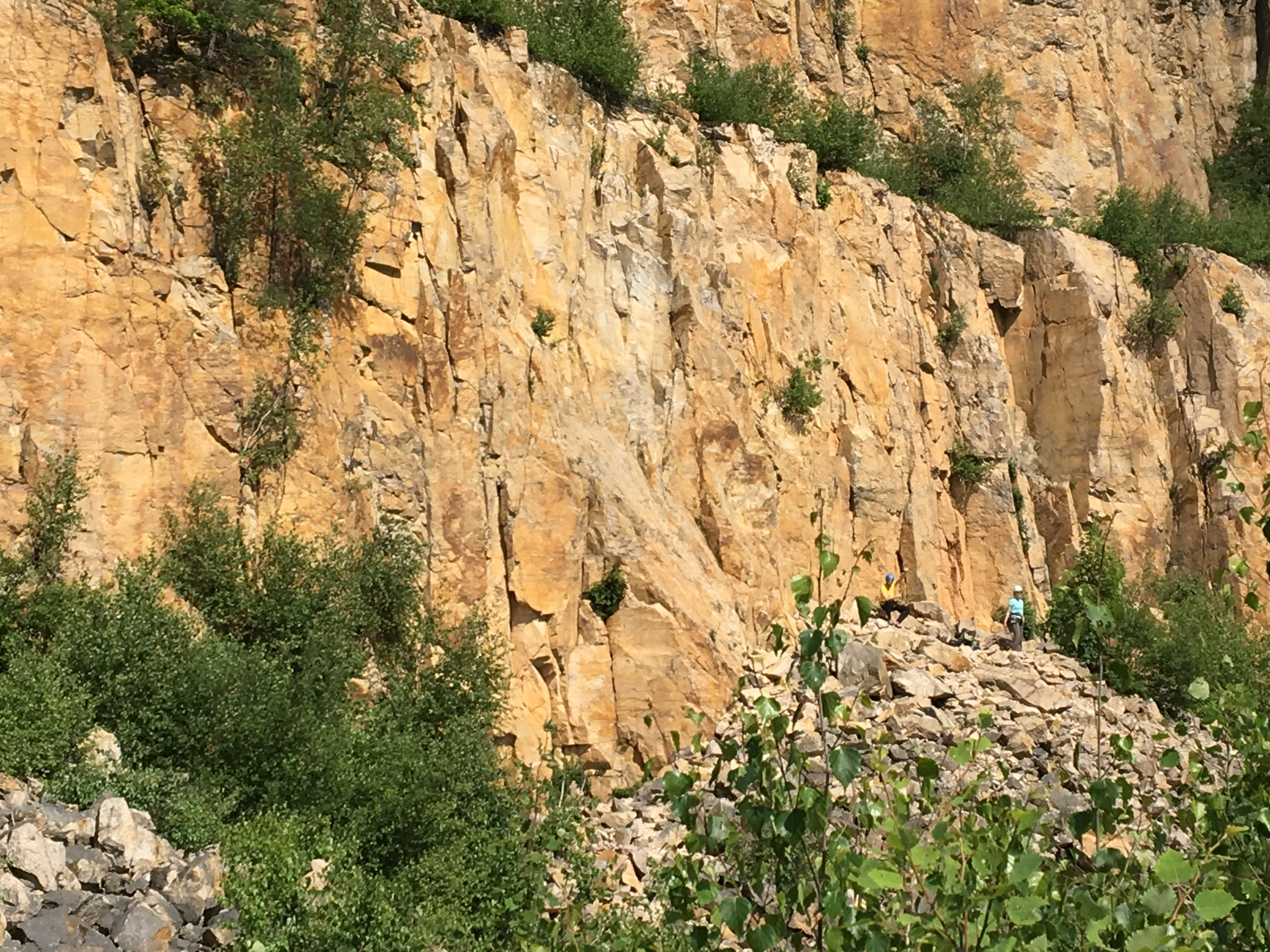 Klettersteig Odenwald : Schriesheimer steinbruch bergsteigen.com