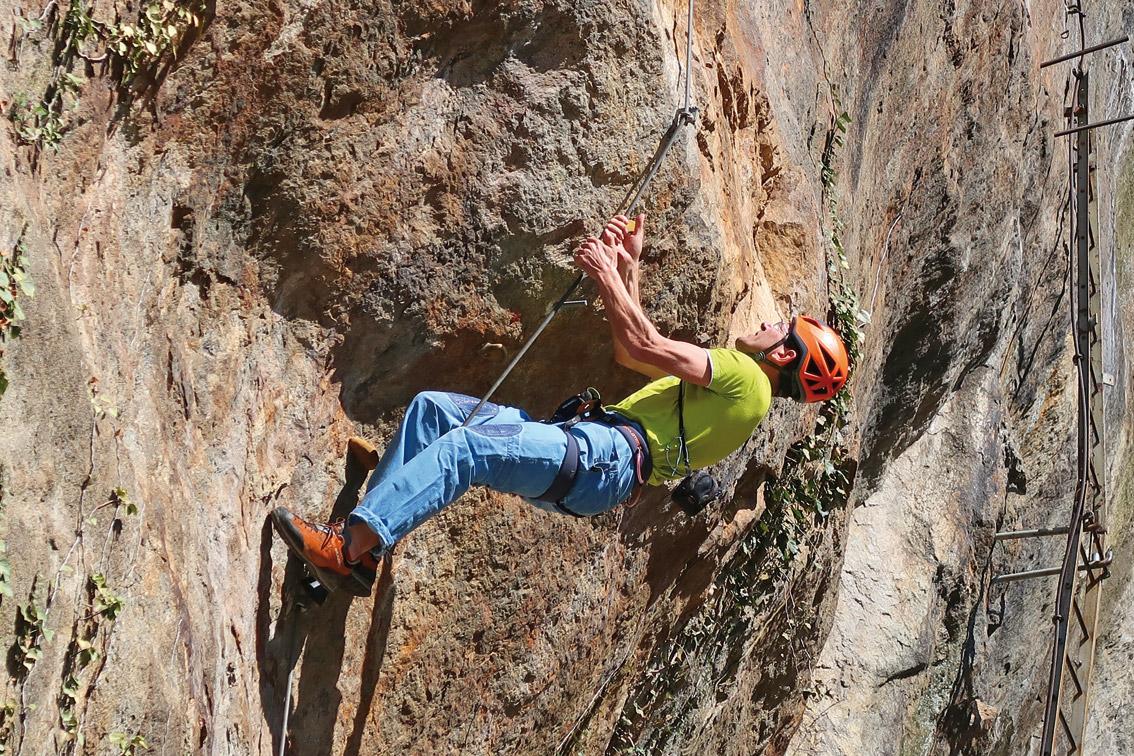 Klettersteig Rhein : Karola klettersteig bergsteigen