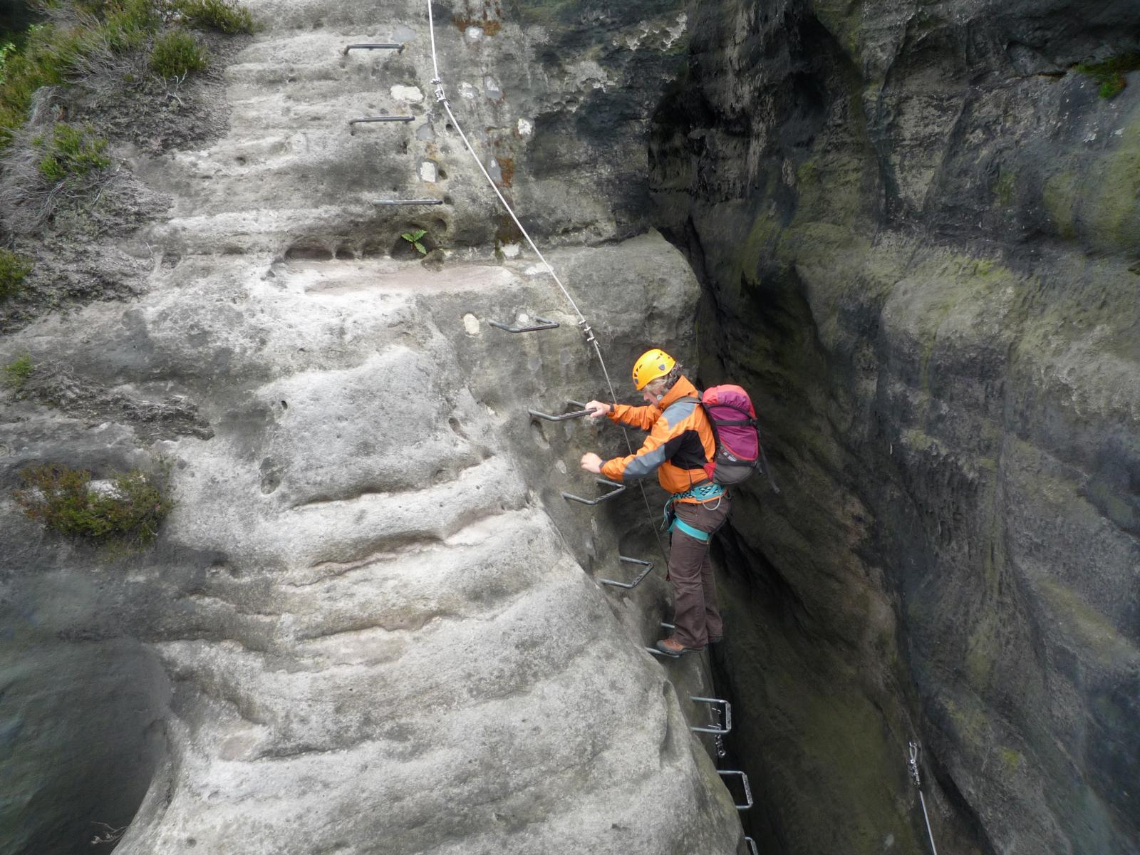 Klettersteig Sächsische Schweiz : Häntzschelstiege bergsteigen.com